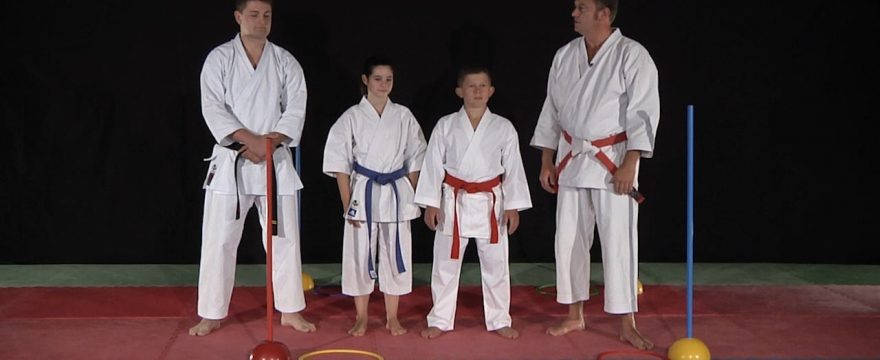 cours de karaté enfants Hein Nidan - vidéo