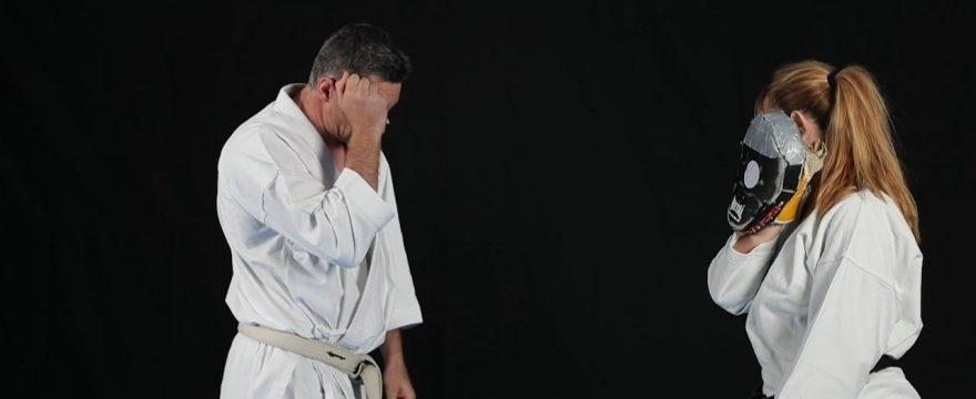 kihon sur cible karate exemple